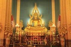 Standbeeld van Boedha in kerk Royalty-vrije Stock Foto's