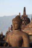 Standbeeld van Boedha in tempel Borobudur Stock Foto