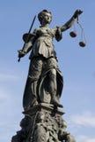 Standbeeld van Dame Justice Royalty-vrije Stock Foto's