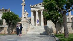 Standbeeld van de Griekse filosoof Platon stock video