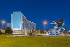 Standbeeld van Dromeras voor hotel Hilton in Evangelismos in centraal Athene stock afbeeldingen