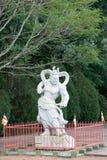 Standbeeld van een Chinese strijder bij de Boeddhistische tempel Royalty-vrije Stock Afbeelding