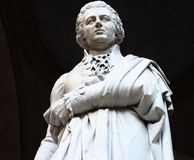 Standbeeld van filosoof, econoom en historicus Pietro Verri stock afbeeldingen