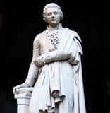 Standbeeld van filosoof, econoom en historicus Pietro Verri stock afbeelding