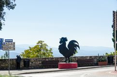 Standbeeld van Gallo Nero in Castellina in Chianti, Italië stock afbeelding