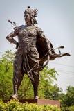 Standbeeld van grote strijder Arjuna Stock Fotografie