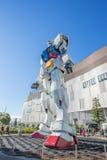 Standbeeld van Gundam bij het Plein van DivercCity Tokyo in Tokyo Stock Foto