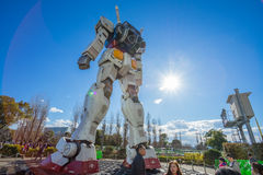 Standbeeld van Gundam bij het Plein van DivercCity Tokyo in Tokyo Stock Fotografie