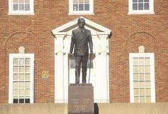 Standbeeld van Harry S Truman bij de ingang aan de Onafhankelijkheid, MO Courthouse stock fotografie