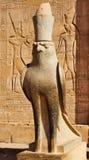 Standbeeld van Horus in Tempel Edfu royalty-vrije stock foto