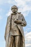 Standbeeld van Ibrahim Rugova in Pristina stock afbeeldingen