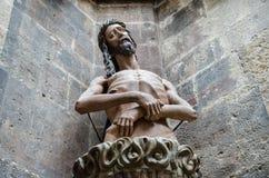 Standbeeld van Jesus bij St Stephen Kathedraal Stephansdom wenen stock fotografie