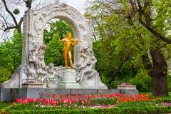Standbeeld van Johann Strauss in Wenen stock foto