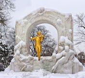 Standbeeld van Johann Strauss in Wenen Stadtpark royalty-vrije stock fotografie