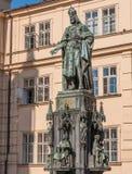 Standbeeld van Koning Charles IV in Praag stock afbeelding