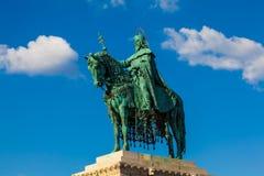 Standbeeld van Koning St. Stephen, Boedapest, Hongarije royalty-vrije stock afbeelding