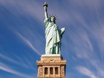 Standbeeld van Liberty New York op Sunny Day Stock Afbeelding