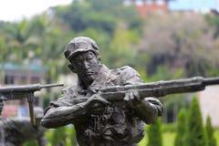 Standbeeld van militair het schieten Stock Foto's