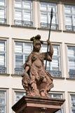 Standbeeld van Minerva in Frankfurt royalty-vrije stock foto