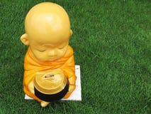 Standbeeld van monnik Stock Afbeelding