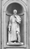 Standbeeld van Niccolo Macchiavelli in Florence Stock Foto's