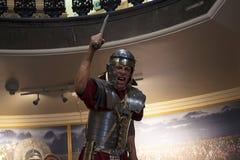 Standbeeld van Roman legionair met zijn Gladius of kort zwaard in Chester England royalty-vrije stock foto