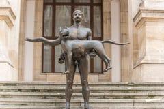 Standbeeld van Romulus en wolf Stock Afbeeldingen
