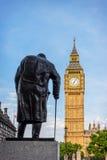 Standbeeld van Sir Winston Churchill, het Parlement Vierkant, Londen Stock Foto