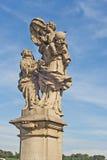 Standbeeld van St Anne op Charles Bridge, Praag Royalty-vrije Stock Foto's
