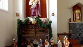 Standbeeld van verering & decoratie voor een begrafenis stock videobeelden