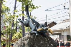 Standbeeld van Vos bij het Heiligdom van Fushimi Inari Stock Foto's