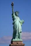 Standbeeld van vrijheid op tribune Stock Foto