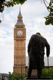Standbeeld van Winston Churchill. Londen Royalty-vrije Stock Afbeeldingen