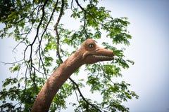 Standbeelddinosaurus stock foto's