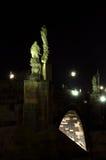 Standbeelden in Charles Bridge Stock Afbeeldingen