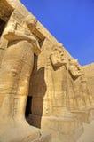 Standbeelden in de tempel van Ramses III Royalty-vrije Stock Afbeeldingen