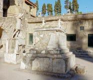 Standbeelden in herculaneum, Napels Stock Fotografie