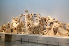 Standbeelden in het Acroplis-Museum Stock Foto's