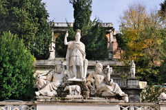 Standbeelden op Piazza del Popolo Royalty-vrije Stock Foto's