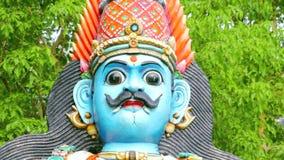Standbeelden van Hindoese Goden en Godin Ambachten en Kunsten van India stock video