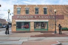 Standinen 'på hörnet parkerar i Winslow, AZ arkivbild