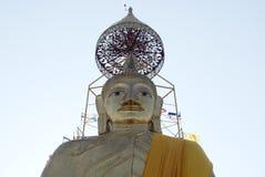 The standing Buddha statue at Wat Intharawihan in Bangkok, Thailand, Asia Royalty Free Stock Photography