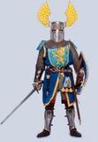 standing för full riddare för armor medeltida Royaltyfri Bild