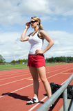 standing track woman Στοκ εικόνα με δικαίωμα ελεύθερης χρήσης