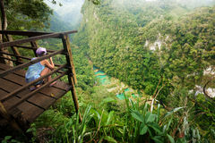 Standpunkt am Kaskaden-Nationalpark in Guatemala Semuc Champey Stockfotografie