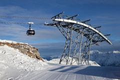 Standseilbahn in den Alpen Stockfotos