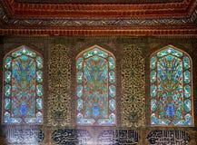 Staned glass fönster i harem av den Topkapi slotten, Istanbul Arkivfoto