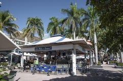 Stange auf der Promenade in Miami Lizenzfreie Stockbilder