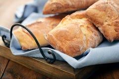 Stangenbrote des französischen Brotes Stockfotos