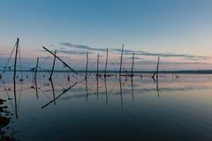Stangenetze für Lachsfischen in Schottland Stockfotos